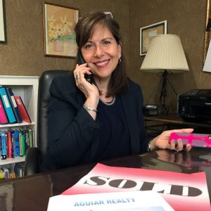 Novel Women – A Book written by a Book Club about a Book Club